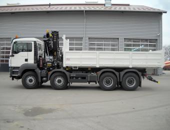 Benne transporteur SUR MAN 8X4 32 T