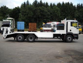 MAN TGM 26.340 6X2-4BL Plateau spécial pour engins forestiers